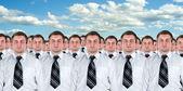 mnozí podnikatelé identické klony
