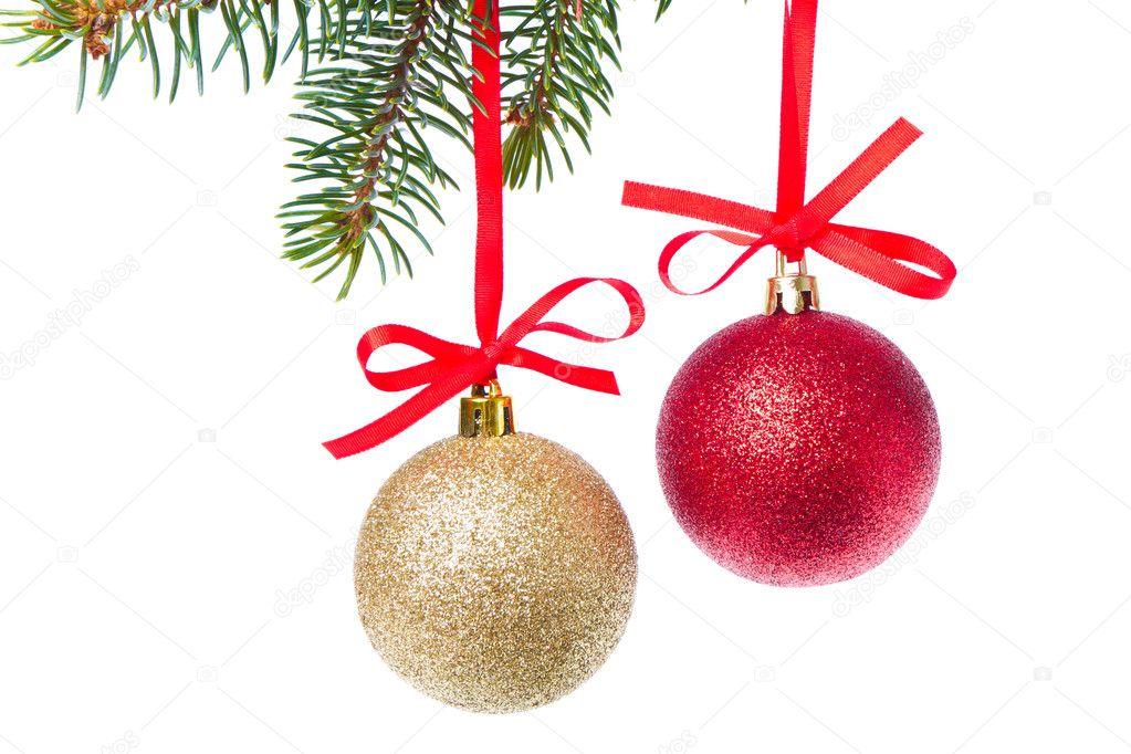 b5eebe7f325 bolas de Navidad colgando del árbol — Fotos de Stock © kubais  7656990