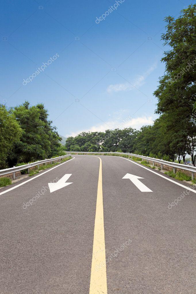 Road marking arrow