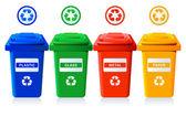 Fotografia bidoni di riciclaggio