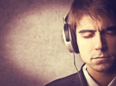 Stereo sound