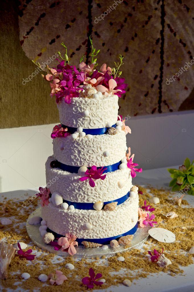 Beach Theme Wedding Cake Stock Photo C Gregory21 7094832
