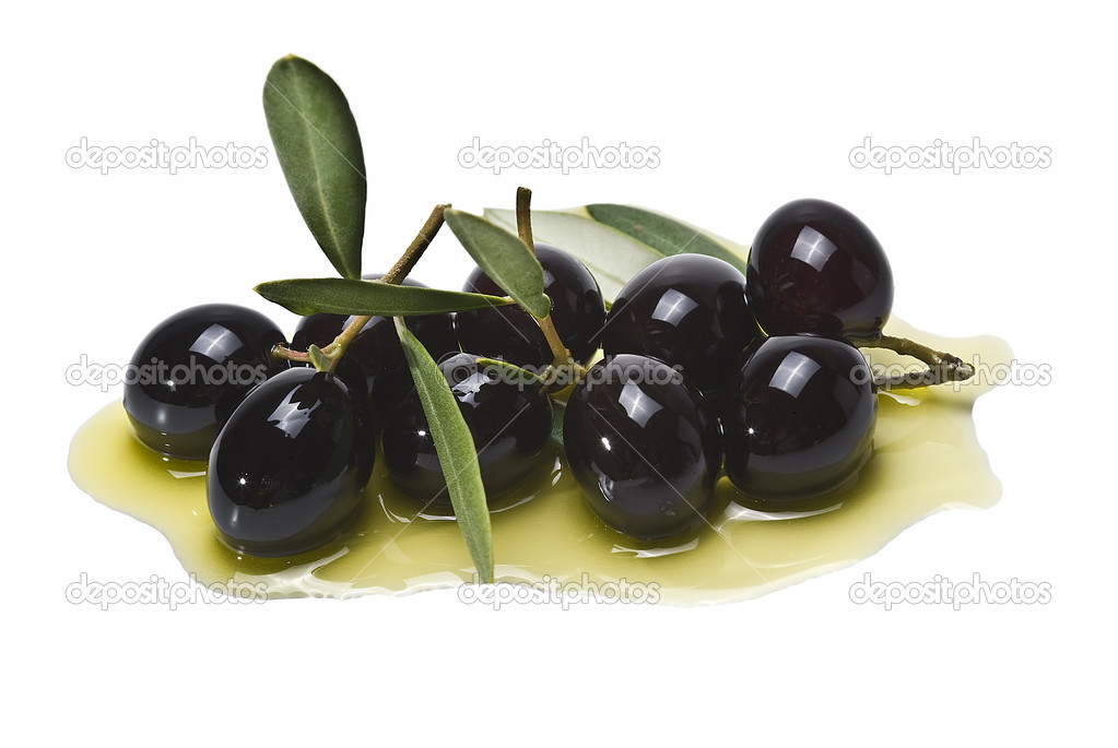 Black olives on olive oil.