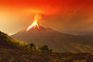 Tungurahua Volcano Huge Eruption