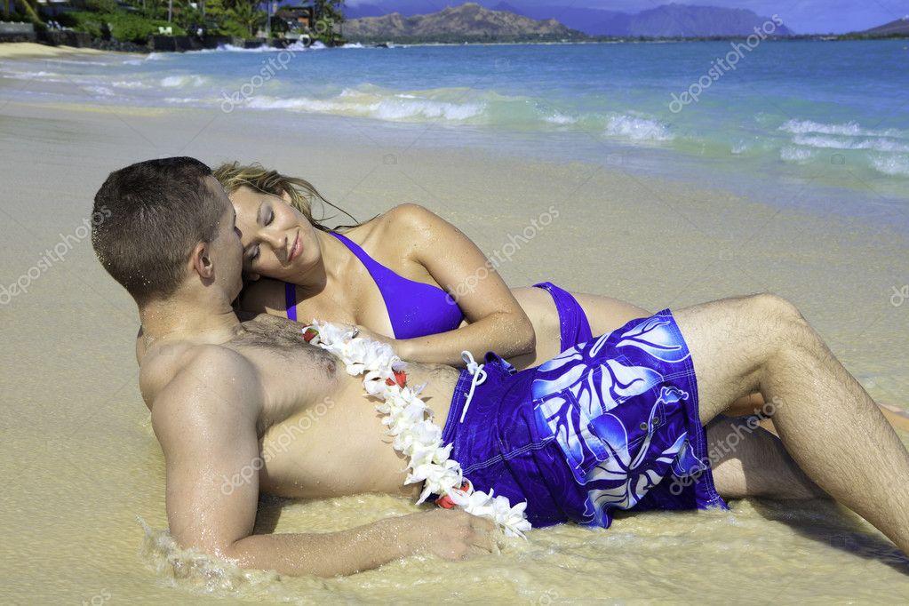 супруги на пляже ролики - 9