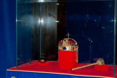 St Stephen Crown and scepter