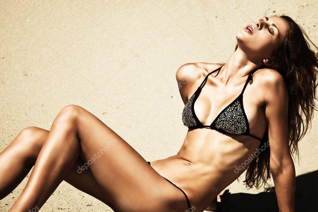 Body in bikini
