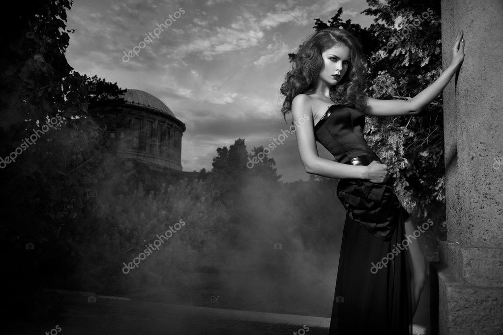 Donna nude bianco e nero Nude Photos 78