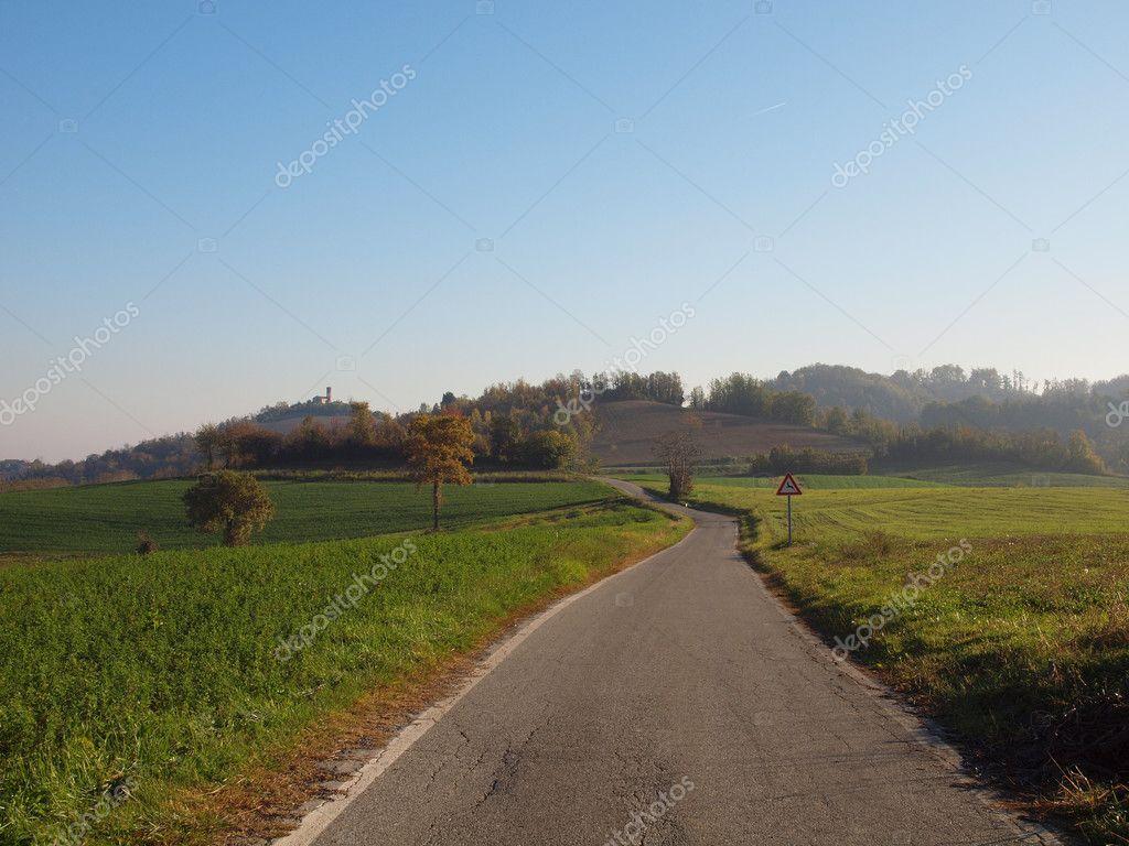 Collina di marcorengo foto stock claudiodivizia 7520081 for Piani di serra in collina