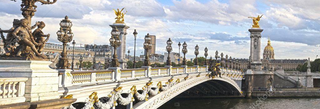 Alexandre III bridge panoramic view