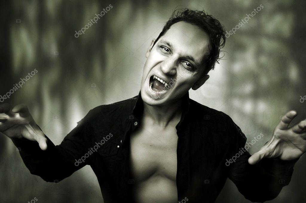 Вампир постель секс