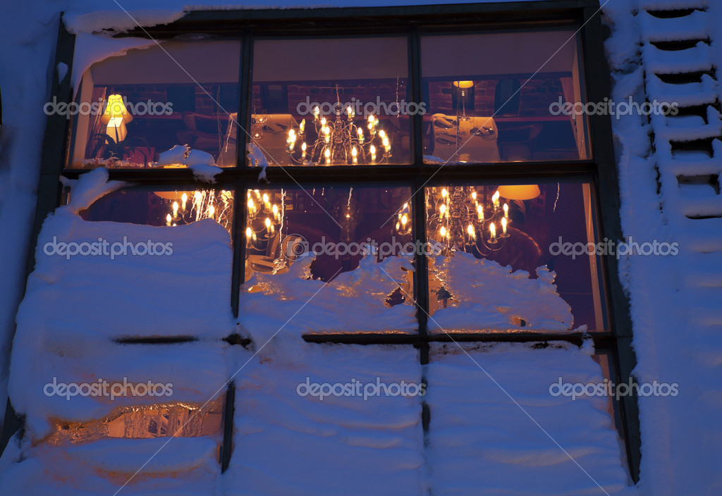 Restaurant mit Dachluke in helsinki — Stockfoto © benkrut #7430611