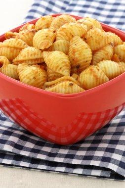 Delicious pasta shells with fresh marinara sauce