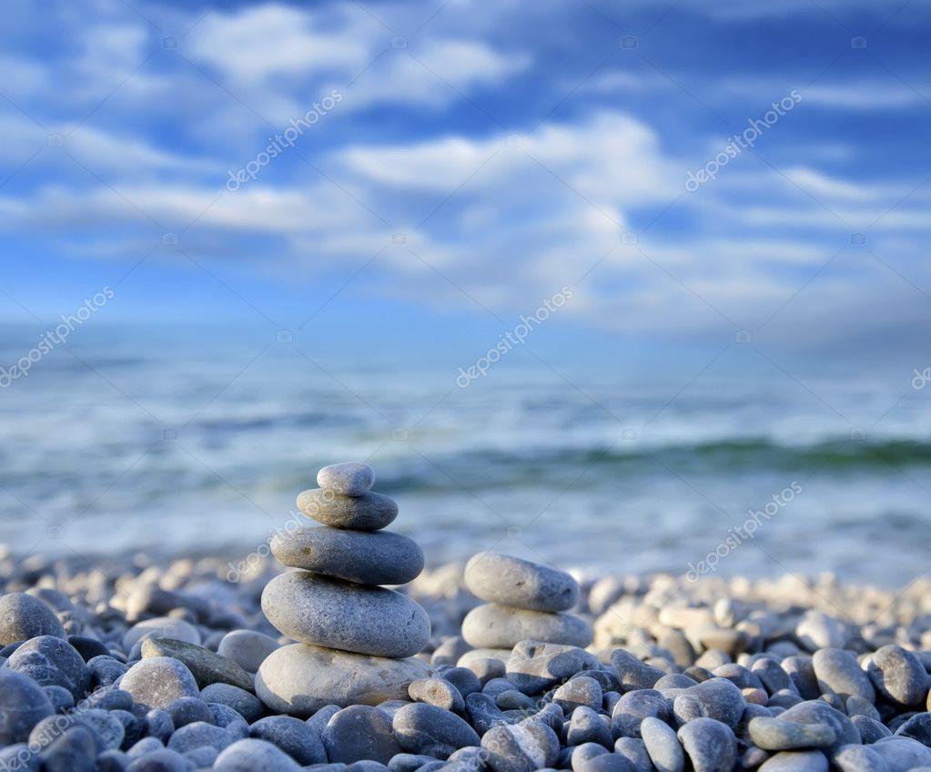 Balanced spa stones