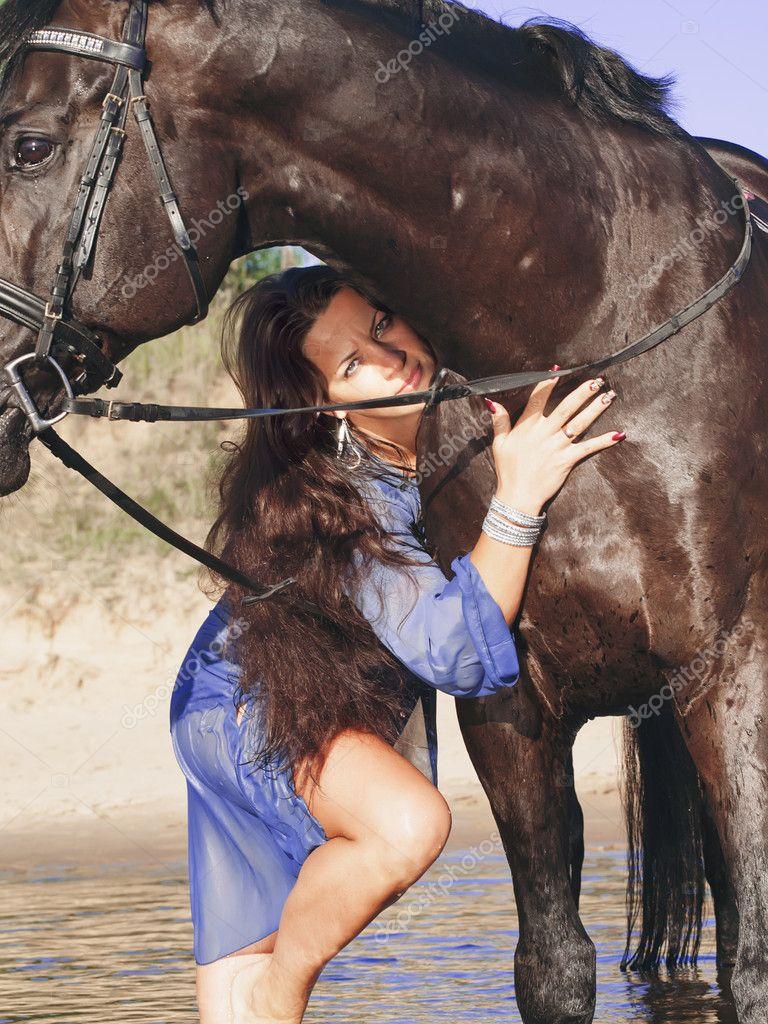 Mit pferde frauen sex Pferde Sex