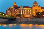 Budapest éjszaka megtekintése