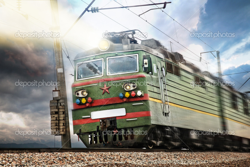 USSR electrical green train with star