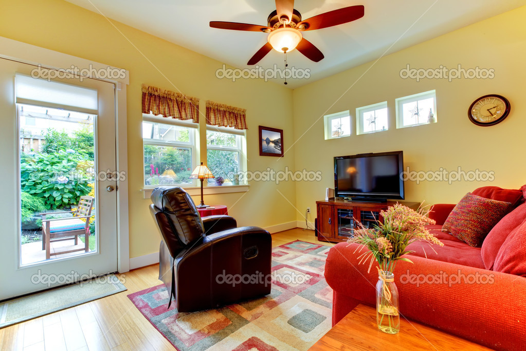 Amerikanische Gelb Großes Schönes Wohnzimmer U2014 Foto Von Iriana88w