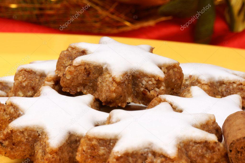 Cinnamon Star Cookies Zimtsterne Stock Photo C Citylights 7728836