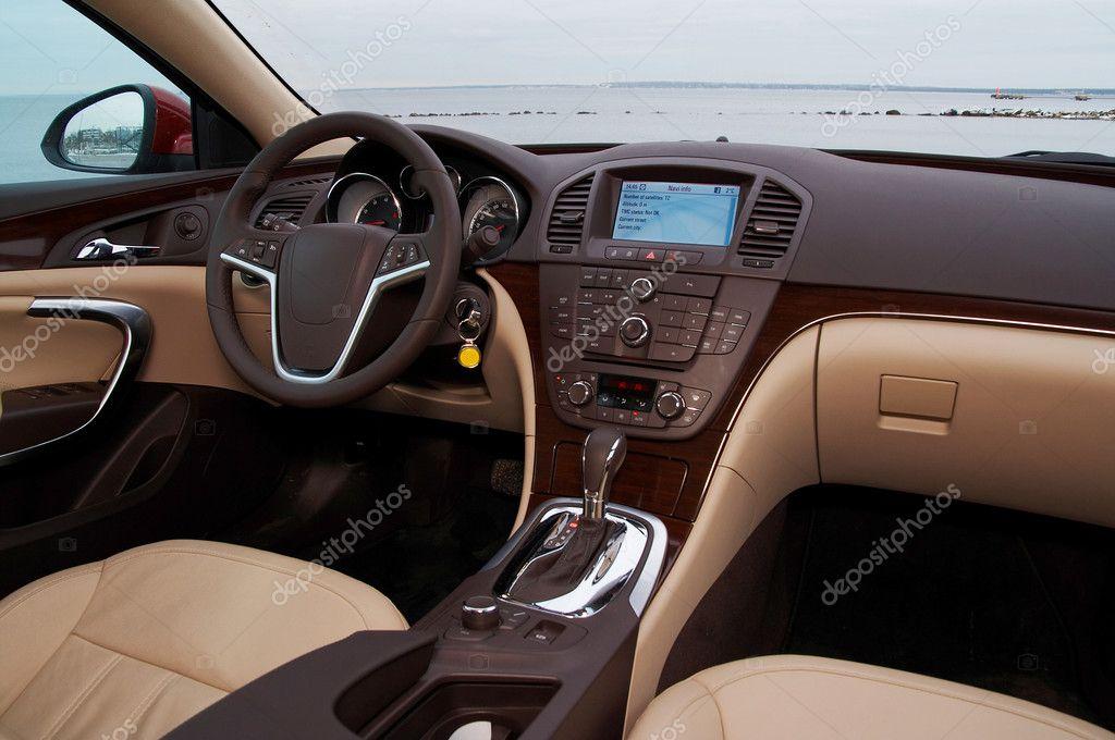 interieur van een moderne auto stockfoto