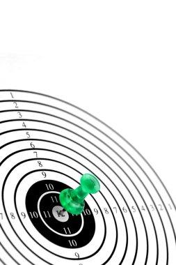 Target wth green pin or dart