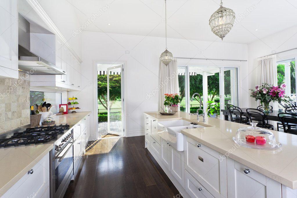 Keuken en eethoek u stockfoto epstock