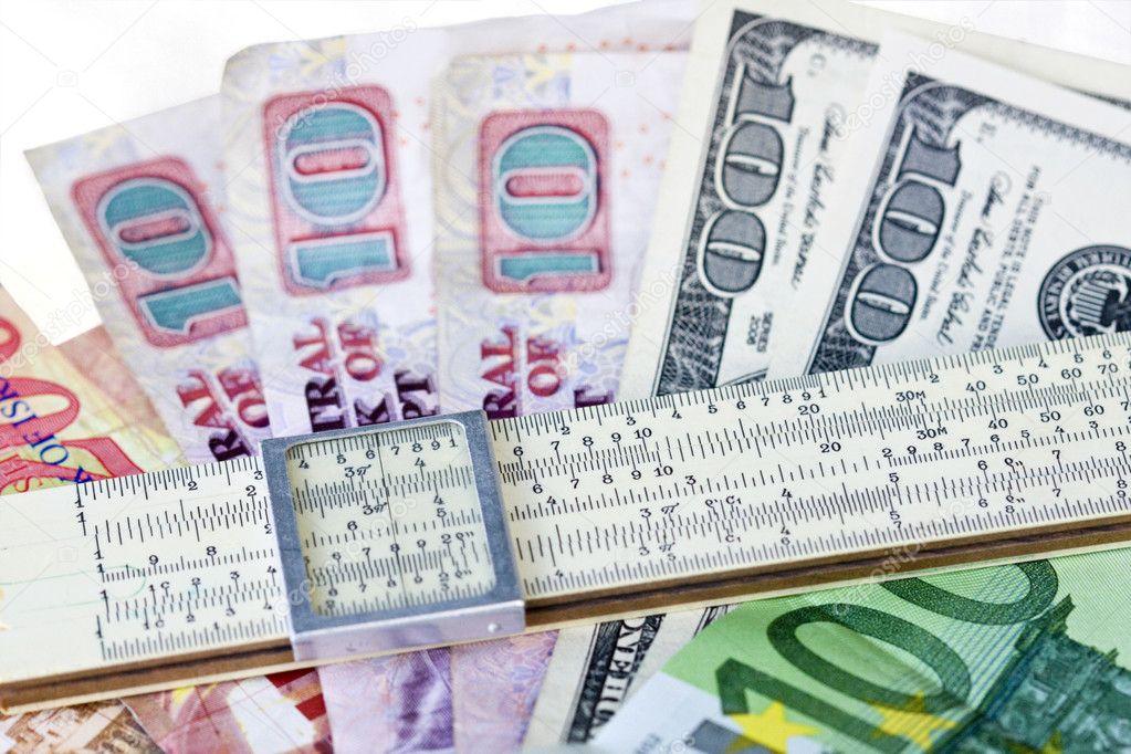 Regla de la escala de los billetes de dinero — Foto de Stock