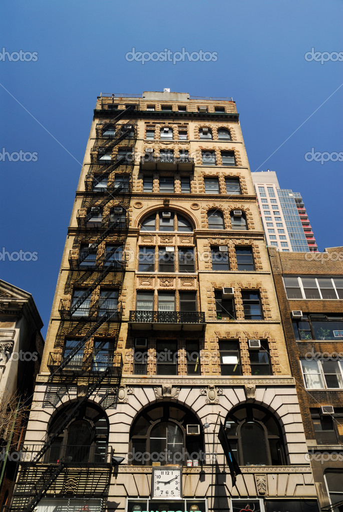 Art Deco Style Building in New York City — Stock Photo © philipus ...