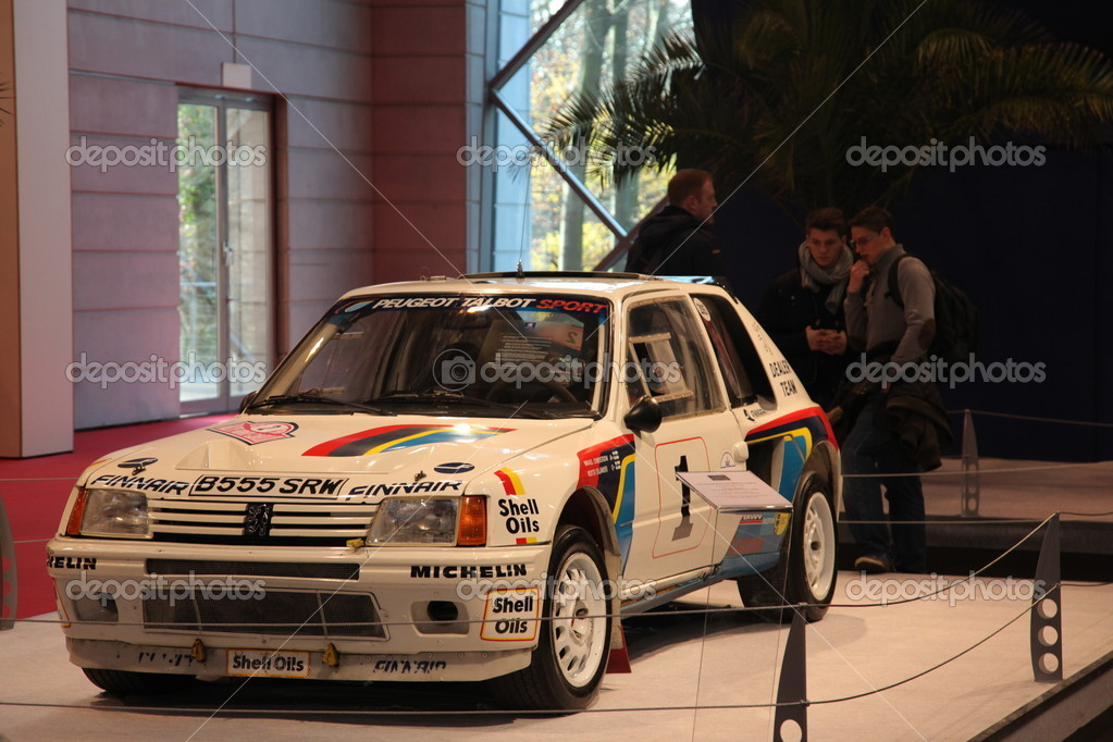 peugeot 205 turbo 16 rallye photo ditoriale philipus 7944647. Black Bedroom Furniture Sets. Home Design Ideas
