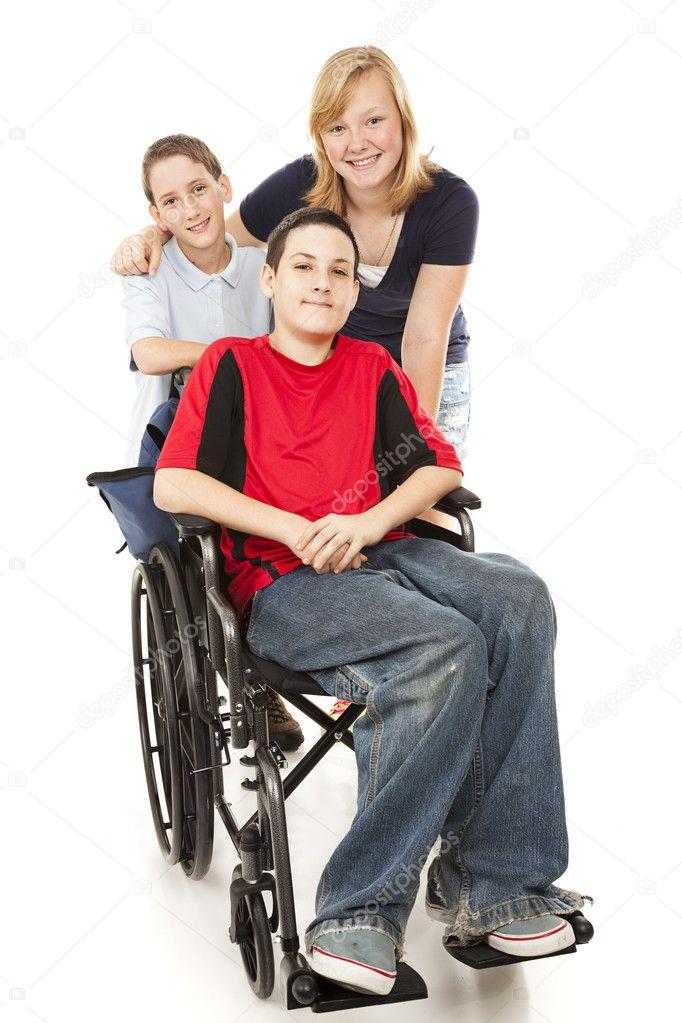 знаиенитые родители детей инвалидов пески