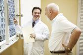 Doktor exlplains výsledky testů