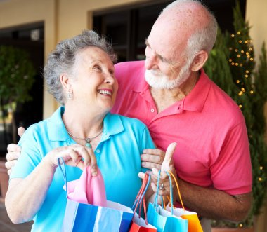Shopping Seniors In Love