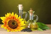 Fotografie Slunečnicový olej a slunečnice