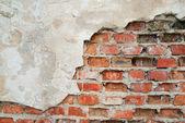 staré popraskané zdi