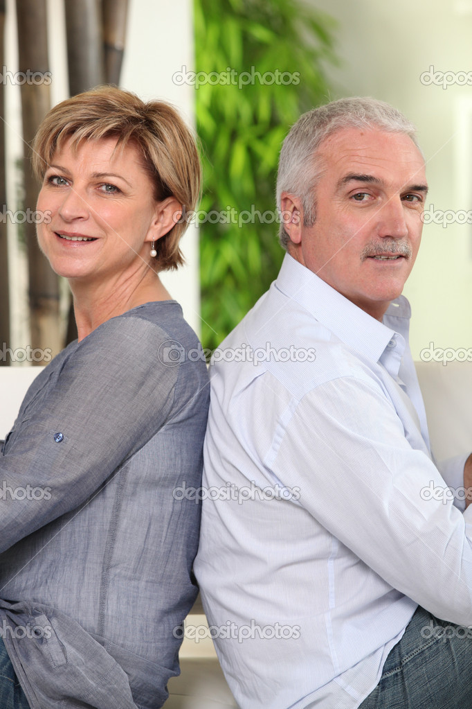 Bilder reife männer Beziehungen: Was