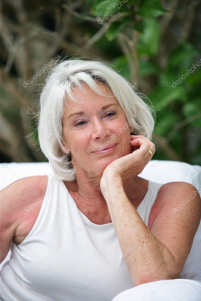 пожилые бабы в конце - 10