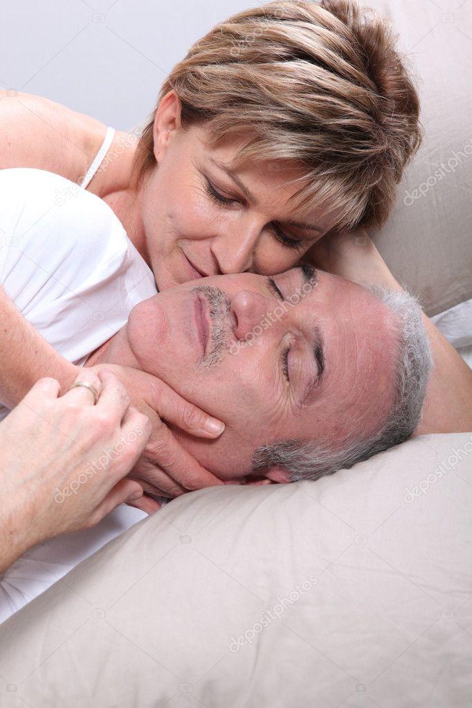 как ублажить мужчину в постели в преклонном возрасте - 11
