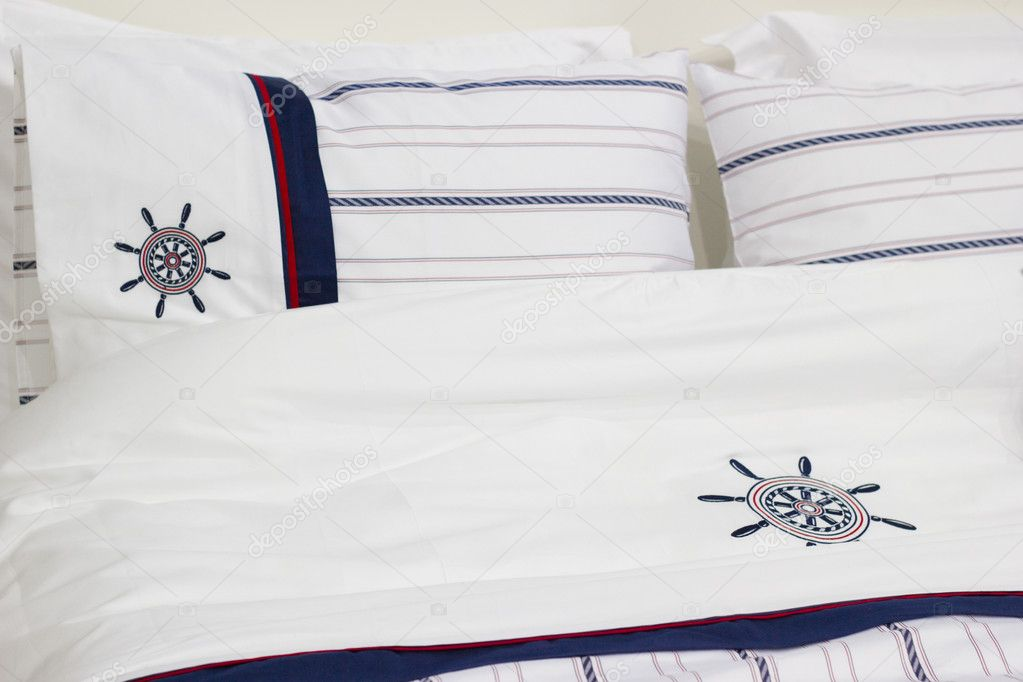 biancheria da letto in stile marinaro — Foto Stock © Pasik8 #7246802