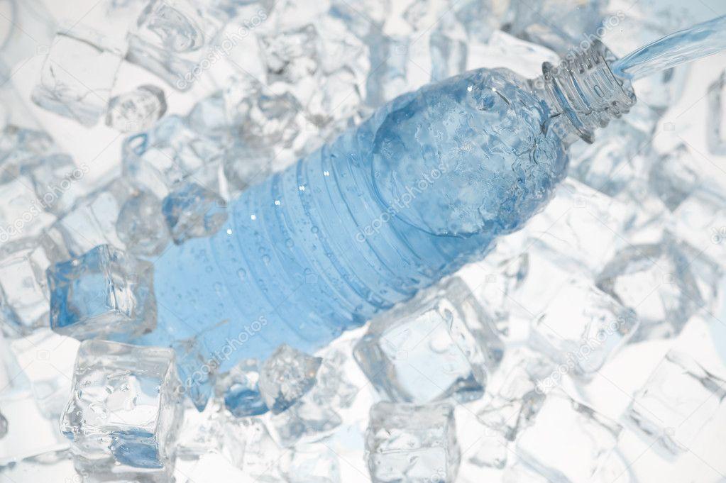 фото минералка со льдом ней нужно ходить