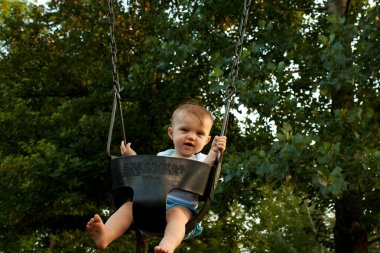 Baby Mid Swing