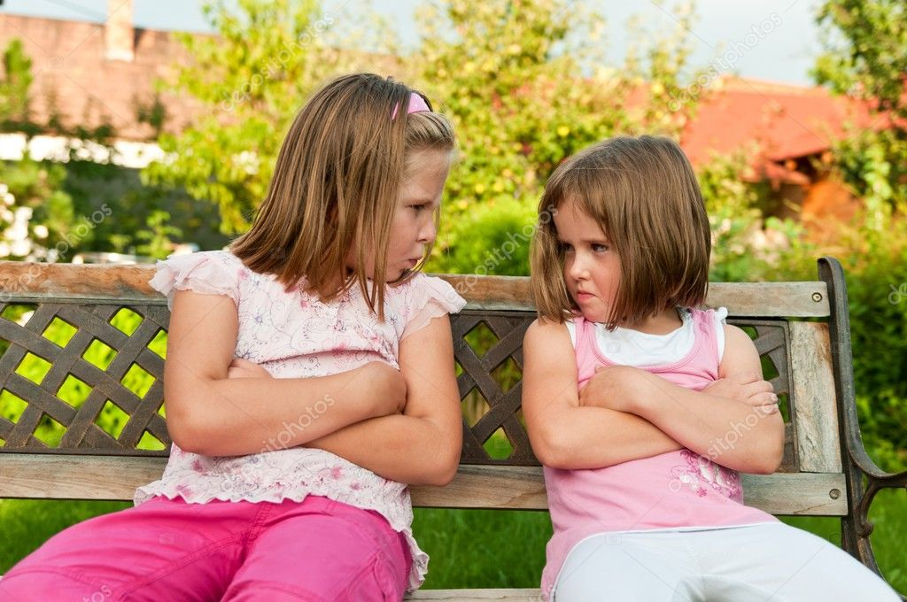Инцест: брат и сестра развлекаются по взрослому