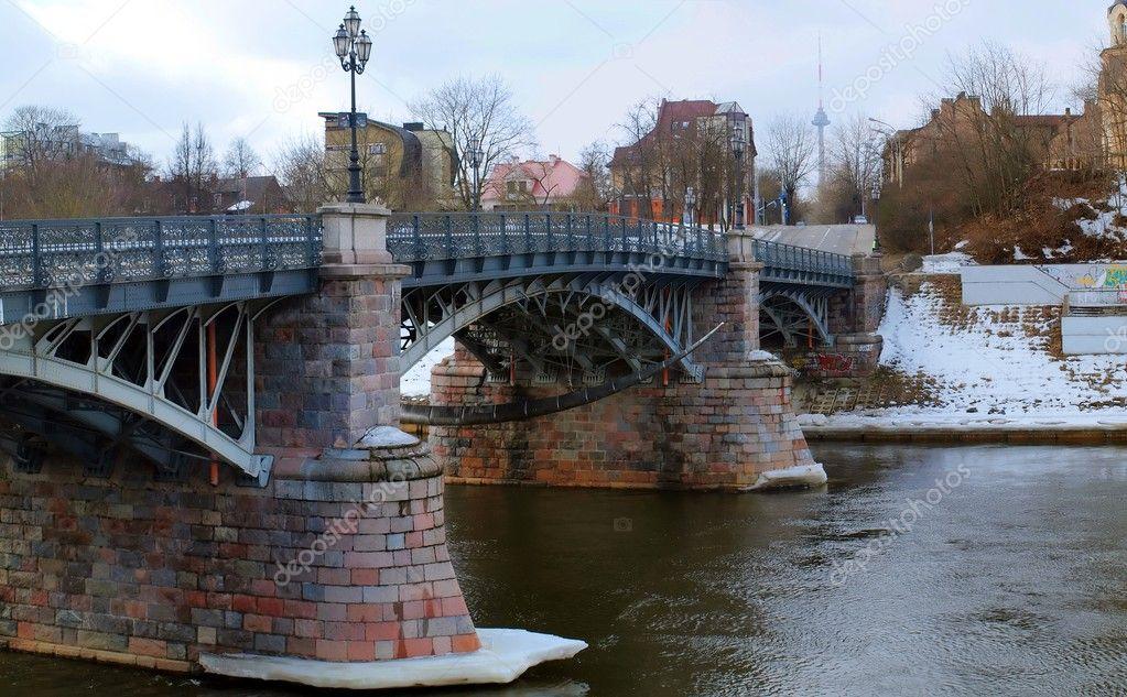 кто интересуется фото старого моста в софпороге грузовик
