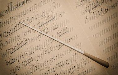 Spartito Musicale con Bacchetta
