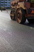 asfaltování silnice