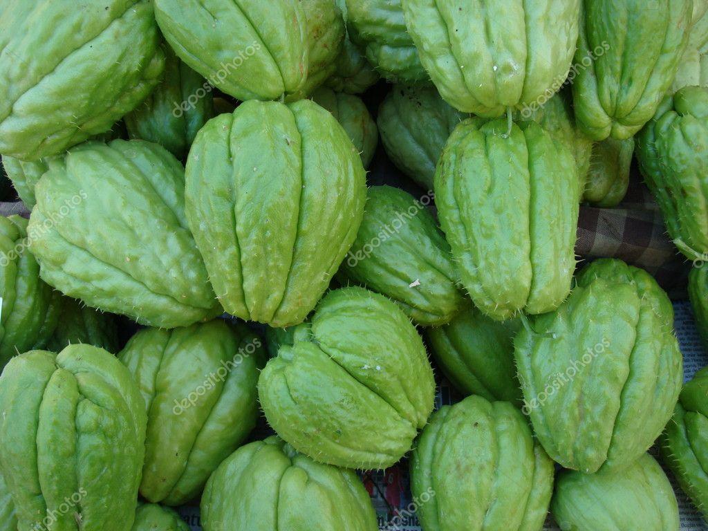 Fruits exotiques vert photographie liliportfolio 7658460 - Image fruit exotique ...