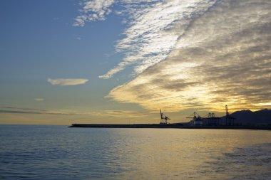 Port o zachodzie