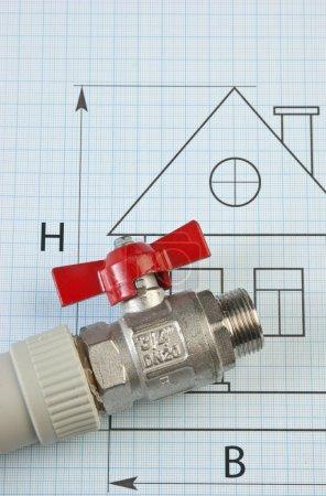 Photo pour Fixer les raccords de plomberie sur le dessin - image libre de droit