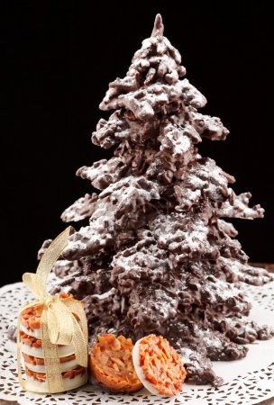 Photo pour Arbre de Noël chocolat - image libre de droit