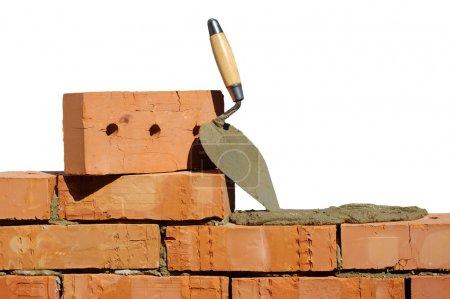 Photo pour Outil de pose et briques pour la construction - image libre de droit