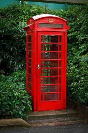 Photo pour Rouge anglais téléphone booth - image libre de droit